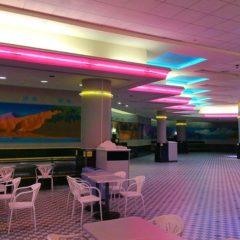 neon_mall